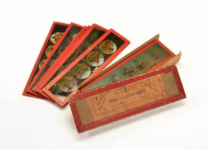 Falk, Schachtel mit Glasbildern für Laterna Magica